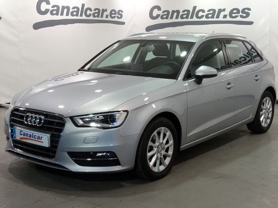 Audi A3 1.6 TDI CD S -Tronic Attraction 110CV