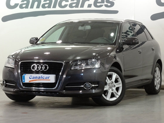 Audi A3 1.6 TDI Sportback Attraction 105CV