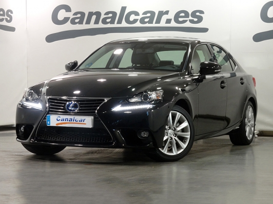 Lexus IS 300 h 223CV