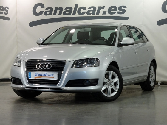 Audi A3 1.6 TDI Attraction 105CV
