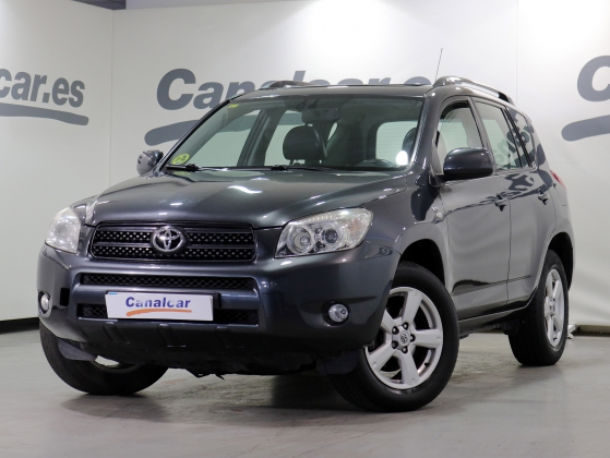 Toyota RAV 4 2.2 D-4D Executive Cross Sport 136 CV